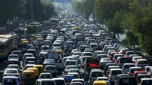 Bollo auto, aumento per chi inquina: nuovo calcolo in base all'anno di immatricolazione