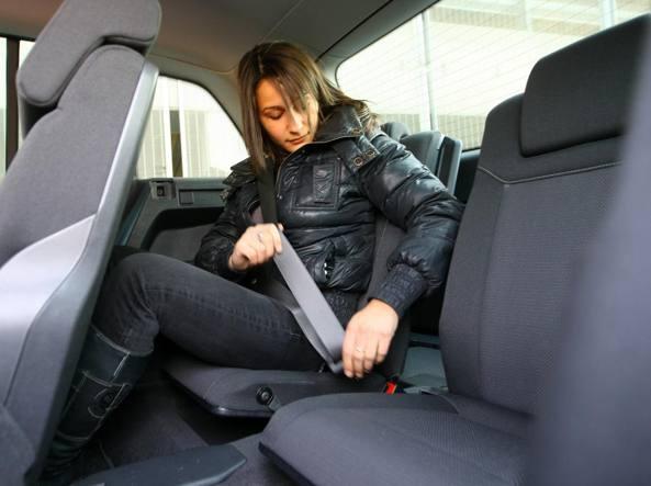 Cassazione: anche chi guida pagherà i danni ai passeggeri senza cintura di sicurezza