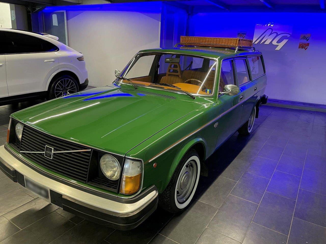 Volvo vintage ripristinata completamente