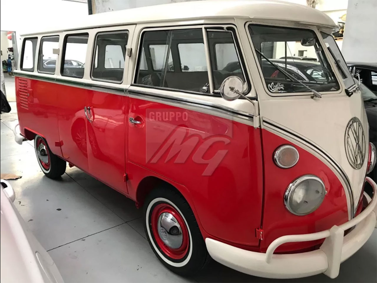 VW Transporter vintage by Gruppo MG