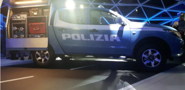 Fiat Fullback: consegnato il primo pick-up alla Polizia Scientifica