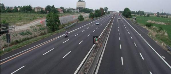 Autostrade, se non paghi: Multa e decurtazione dei punti