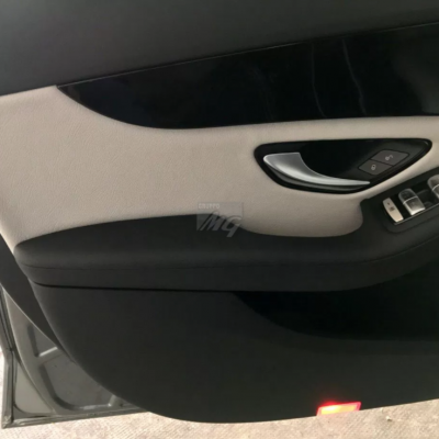 INTERNI IN PELLE PER MERCEDES C22
