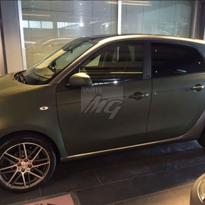 Car Wrapping Smart BRABUS colore verde militare 3M