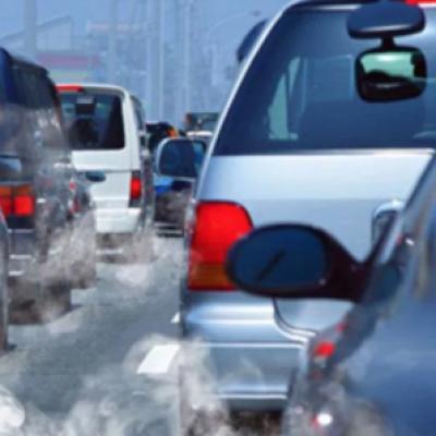 Il Senato sostiene il divieto dei veicoli benzina e diesel dal 2040