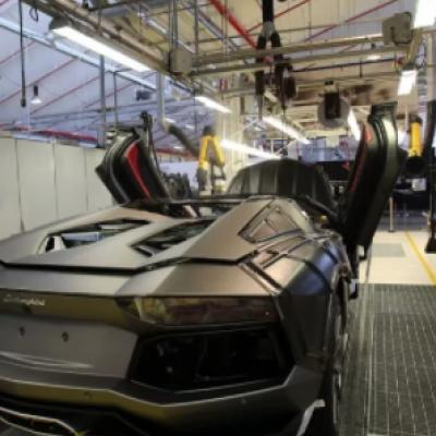 Lamborghini: la fabbrica raddoppia