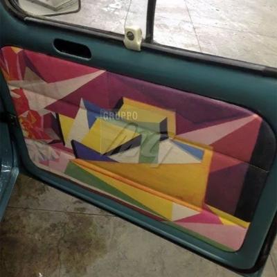 Restauro Renault R4 interni in pelle fodere pannelli laterali e sottocielo