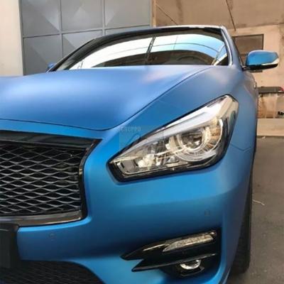 Infiniti Q70 – car wrapping blu elettrico opaco